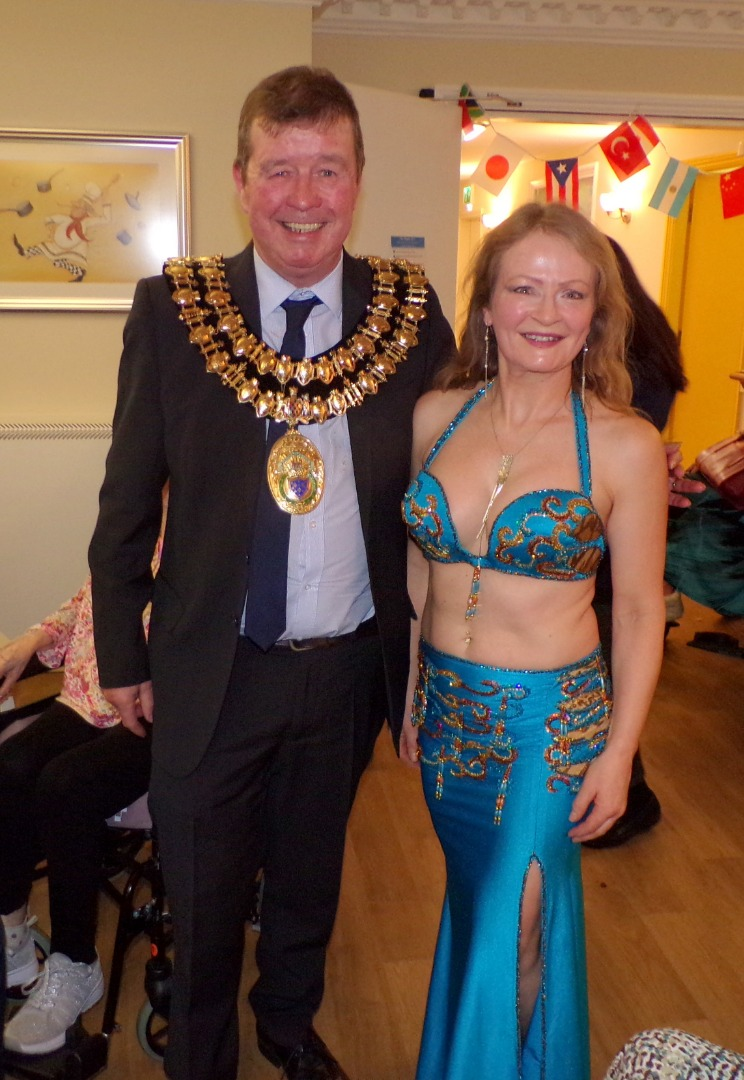 Mayor of Stockport celebrates Dignity Action Day with a HC-One care home