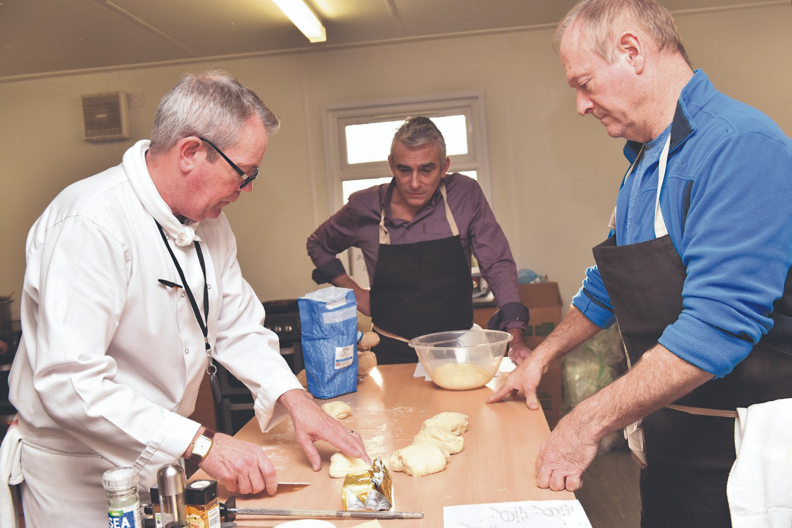 Veterans take to the kitchen