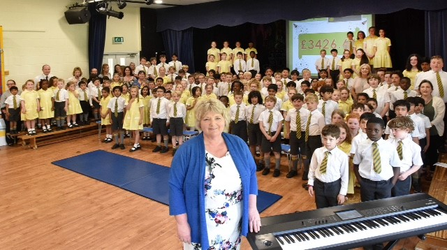 MUCH LOVED HEAD TEACHER RETIRES