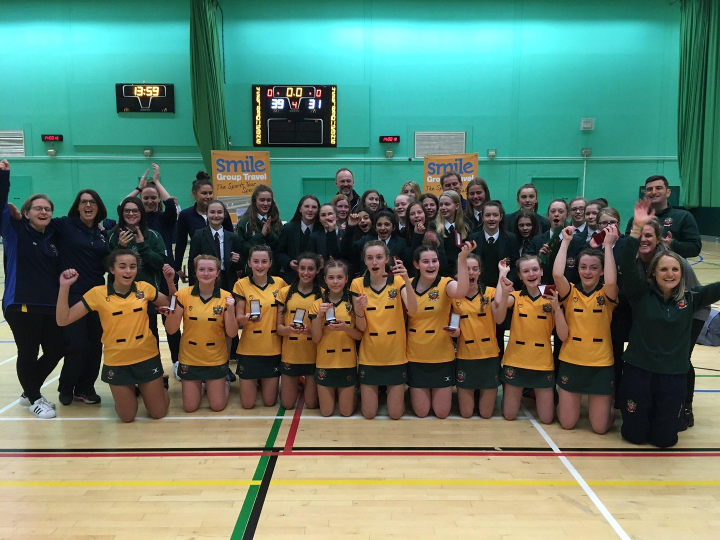 Schools' national netball final sees Cheadle Hulme School win